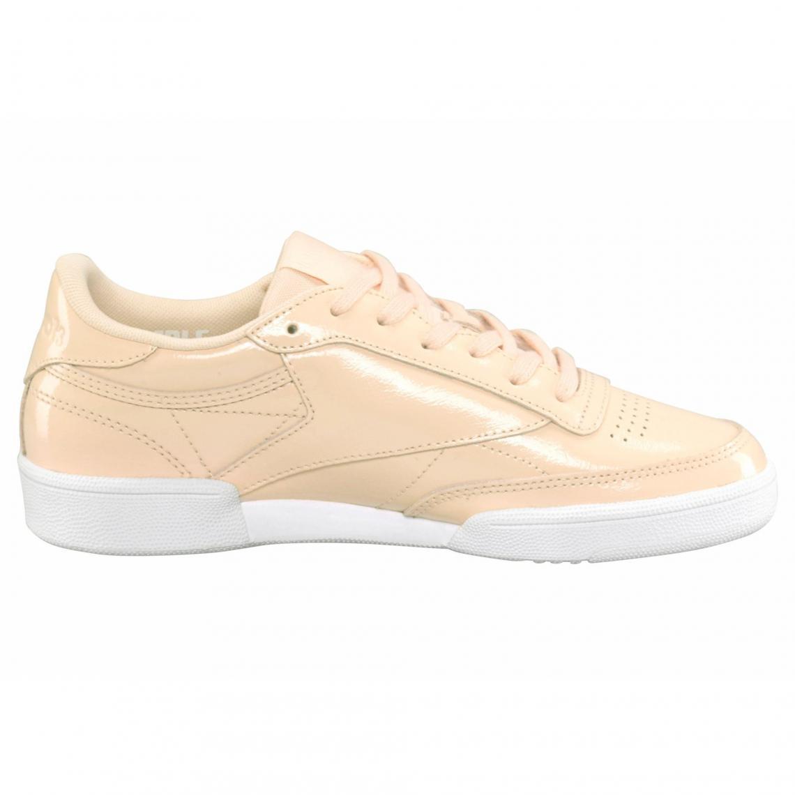 f7c0cb6d127 Sneakers en cuir verni brillant femme Classique Club C85 Patent ...