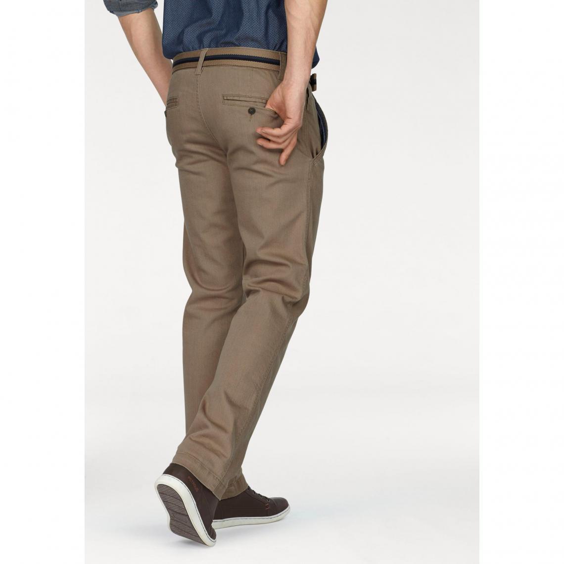 1bdef264fab6 Pantalons chino homme Rhode Island Cliquez l image pour l agrandir. Chino  avec ceinture longueur US 34 ...