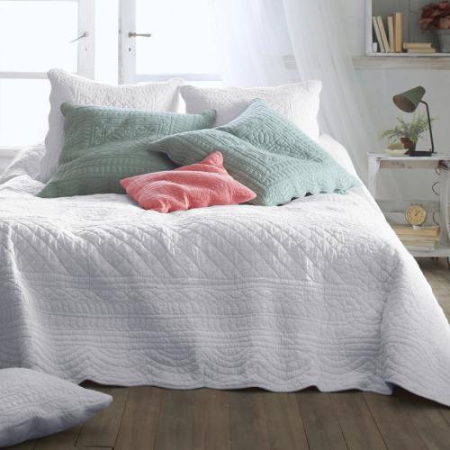 Linge de lit 3suisses - Couvre lit matelasse blanc ...
