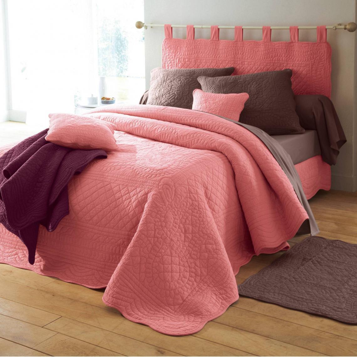 jet de lit uni boutis matelass coton tertio bois de rose 3 suisses. Black Bedroom Furniture Sets. Home Design Ideas