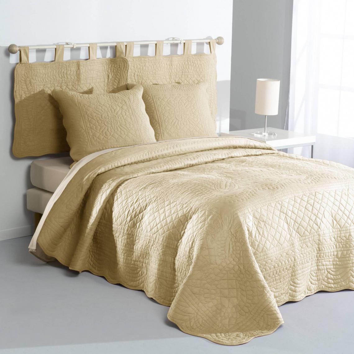 jet de lit uni boutis matelass coton tertio lin 3 suisses. Black Bedroom Furniture Sets. Home Design Ideas