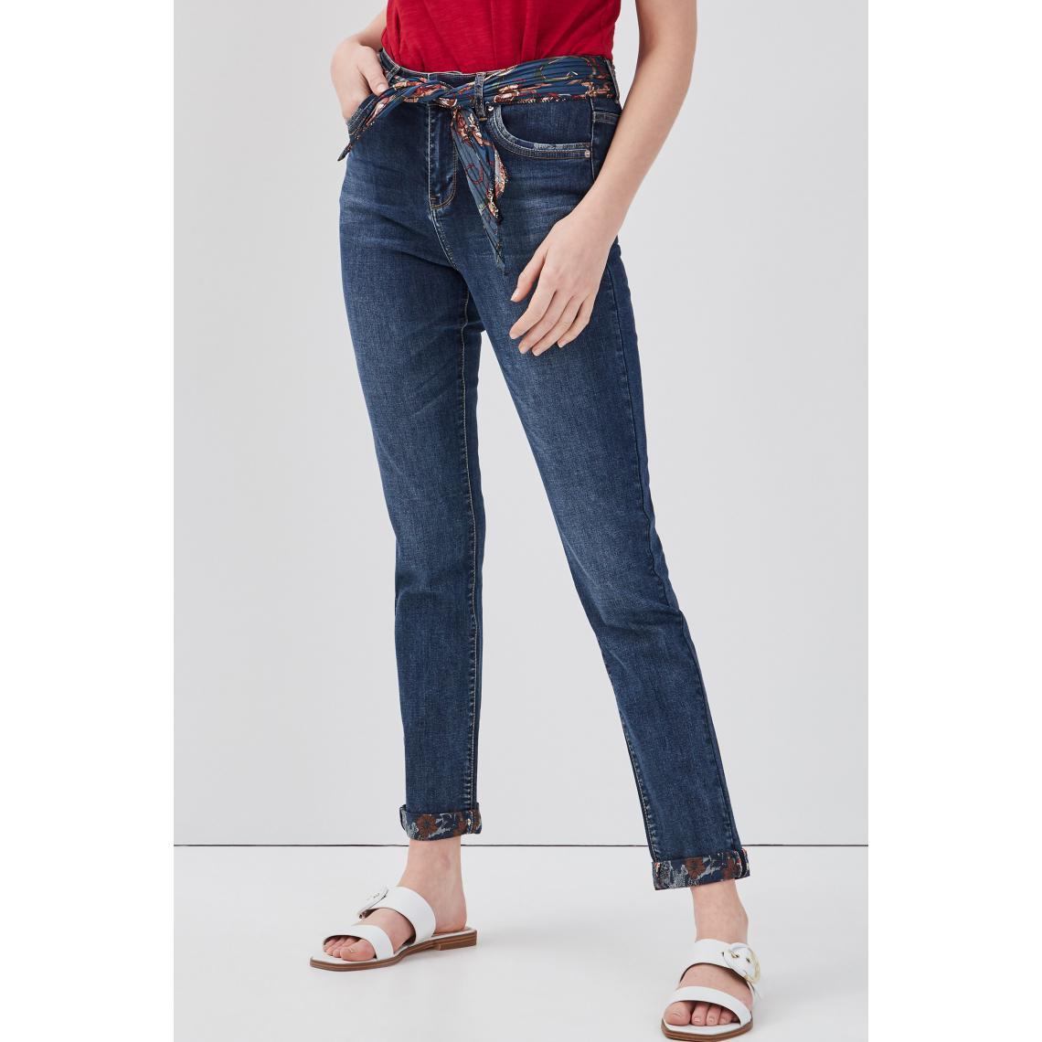 Jeans slim ceinture foulard