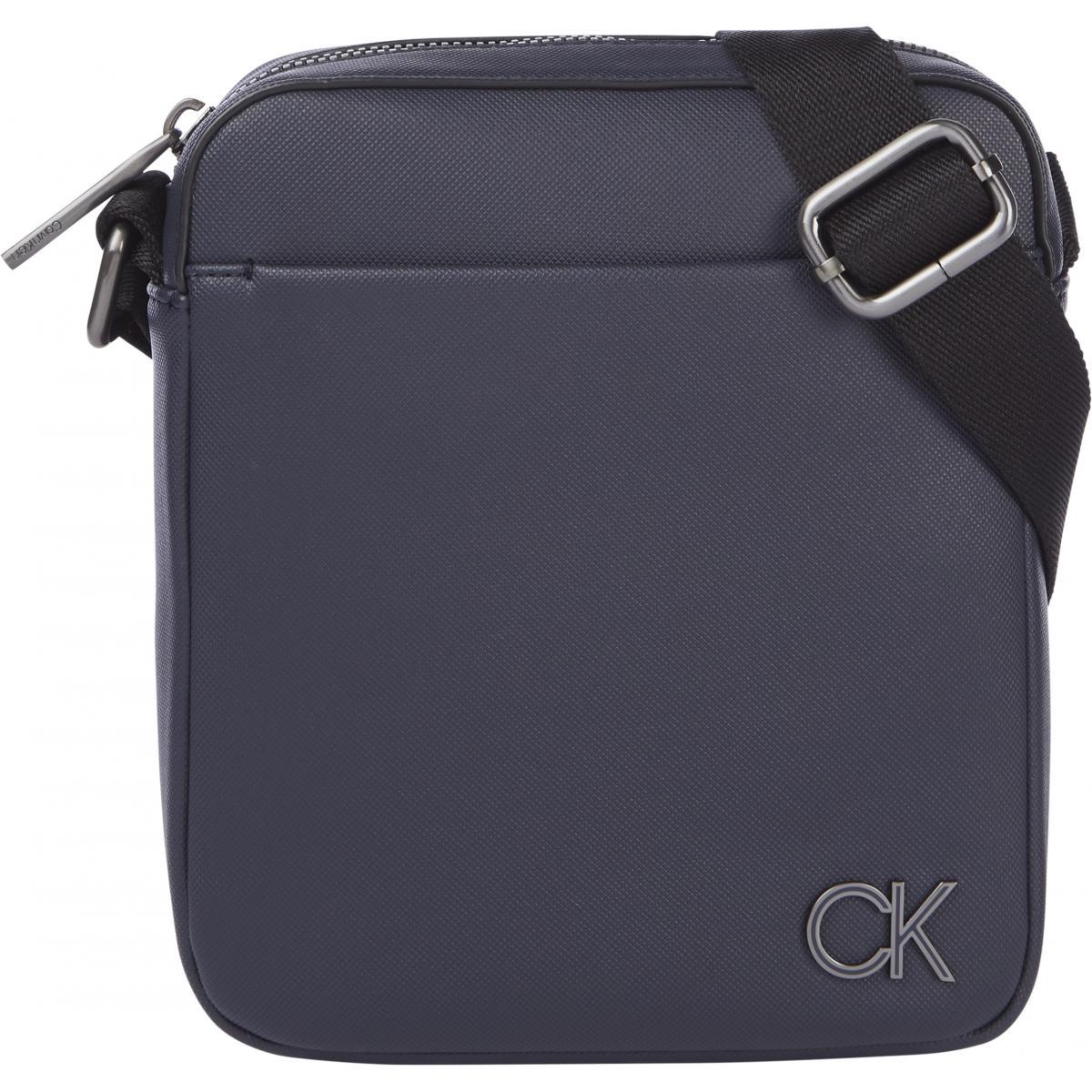 Calvin Klein - Sacoche logo marine - Calvin Klein Jeans - Modalova