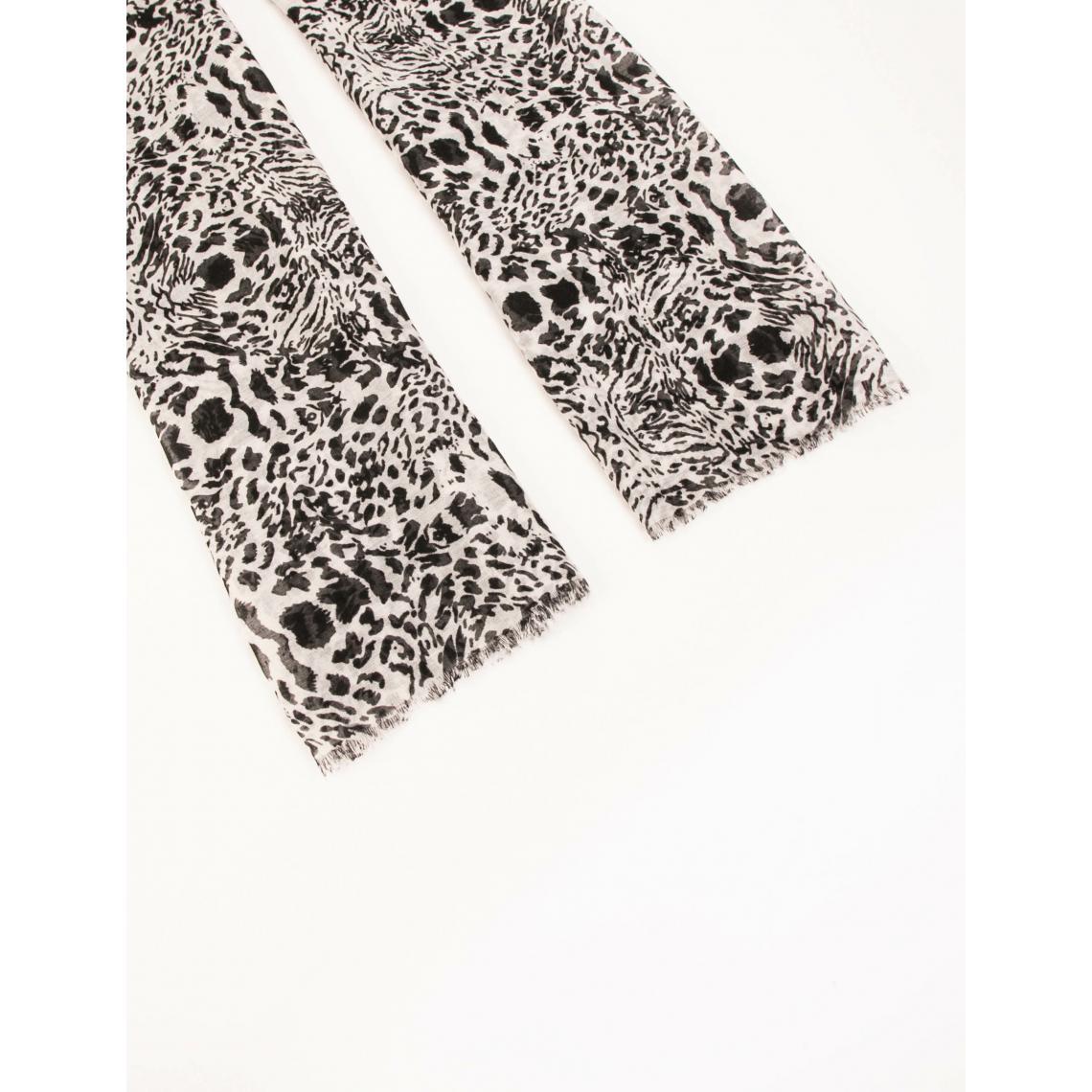 Foulard avec imprimé animalier
